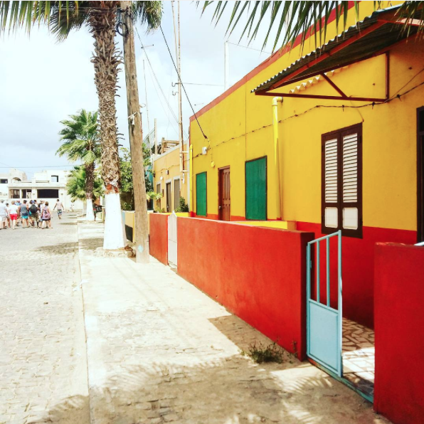 Colorful house on the island Sal #CaboVerde #Kaapverdie