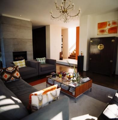 Marvelous Combining Black And Brown Decor Elements With White Walls Helps Keep A Room  From Feeling Too
