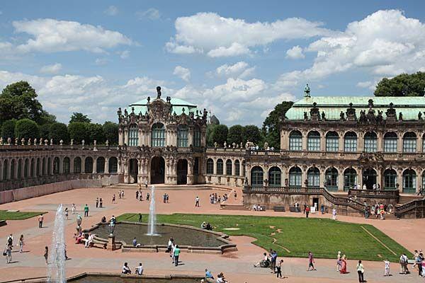 Dresden Zwinger Deutschland Burgen Reisen Deutschland Stadte Reise