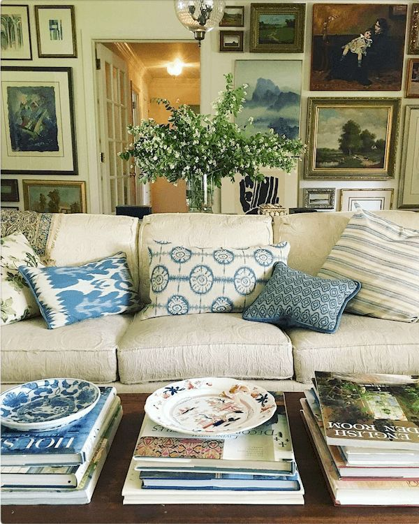 endres on instagram beautiful styling art wall also cohesive room colors and furnishings between rooms interior design rh ar pinterest