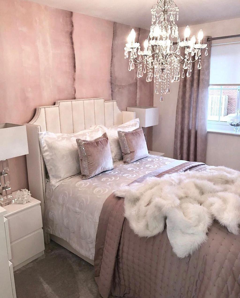 20 Bedroom Chandelier Designs Decorating Ideas: 20+ Cute Chandeliers Decoration Ideas For Your Bedroom En