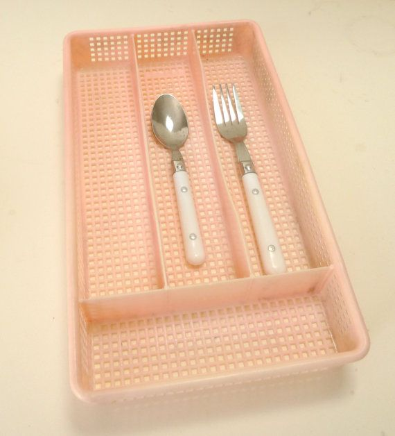 Vintage Pink Utensil Holder By Cry On Etsy 10 00