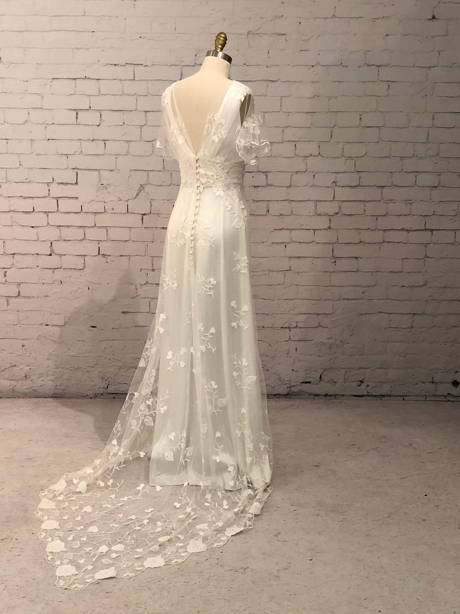 Lace Wedding Gown Wedding Dress With Sleeves Buttons Up Back And Train Vintage Style Boho Classic And Simple Helene Gown Antique Lace Wedding Dress Backyard Wedding Dresses Wedding Gowns Lace [ 2117 x 1588 Pixel ]