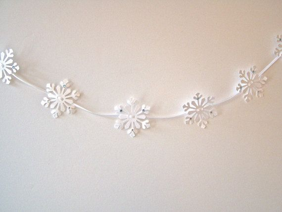 8 ft snowflake paper garland winter decoration by JDooreCreations, $12.00