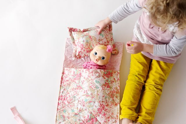 Easy Doll Sleeping Bag Tutorial | see kate sew | Bloglovin'