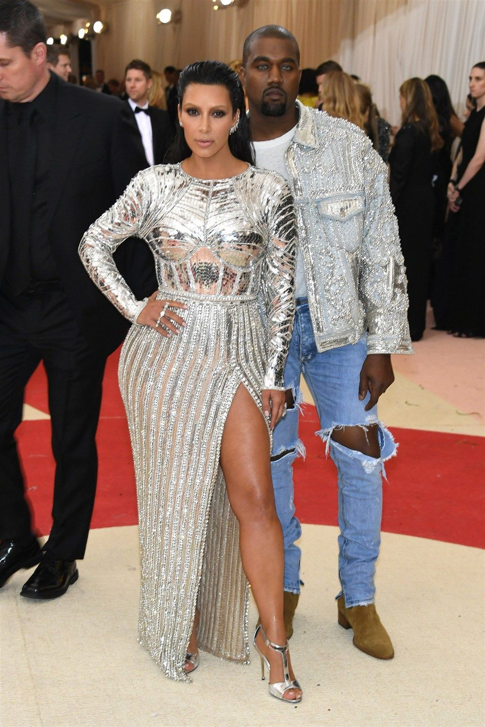 Met Gala Celebs Shock And Awe With Space Age Outfits Met Gala Outfits Met Gala Looks Gala Outfit