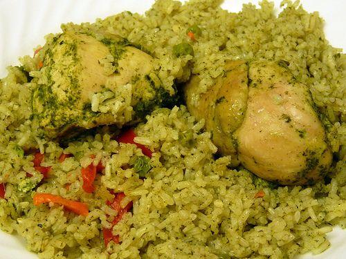 Peruvian Chicken Rice Arroz Con Pollo I Use Thighs Skin On And Spinach With A Smaller Amount Of Cilantro Arroz Con Pollo Recetas Peruanas Comida Peruana