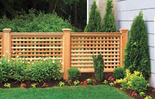 Half Lattice Fence To Hide Air Conditioner Backyard Fences Backyard Cheap Backyard