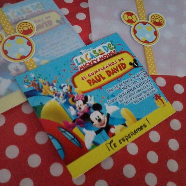 Tarjetas de invitaci n personalizadas tema la casa de - Casa de minnie mouse ...