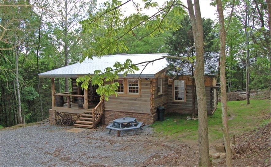 tenn nashville tn pertag cabin near in cabins romantic rentals