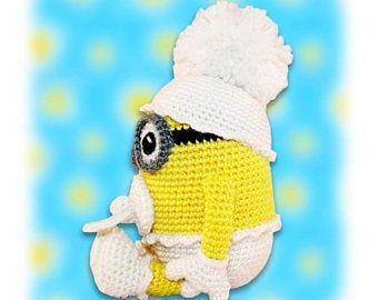 Minion Crochet Pattern, Minion Pencil Holder Crochet Pattern, Minion Pen Stand Crochet Pattern #minioncrochetpatterns