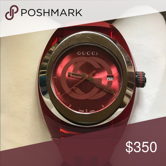 98b0d209a21 Men s Red Gucci Watch Men s red and green Gucci watch from Jared s Jewelry  Gucci Jewelry