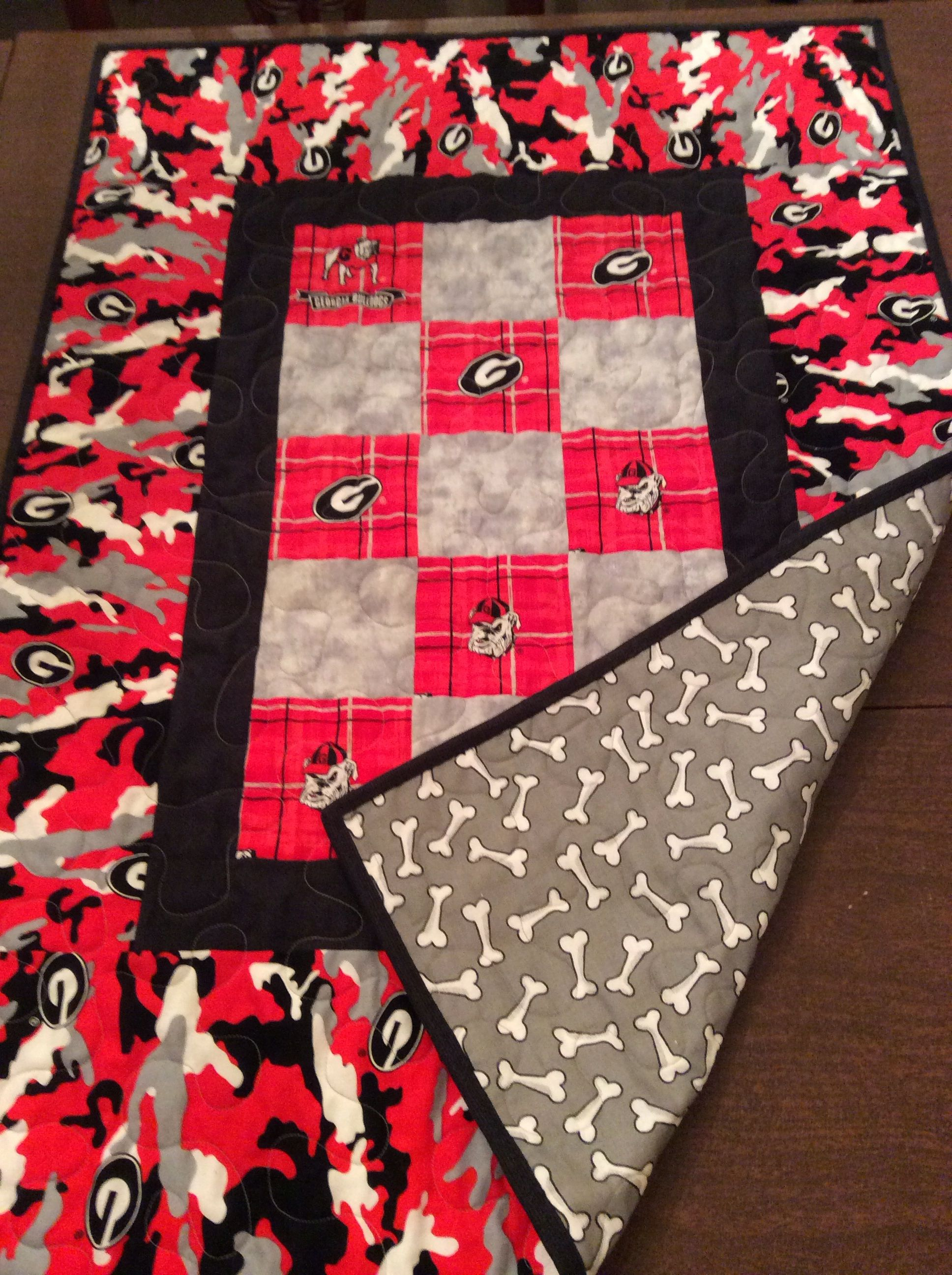Uga Dog Quilt 28x38 Handmade By Joan Madar Perfect For The Pooch To Use When Lounging On The Couch Dog Quilts Quilts Baby Quilts