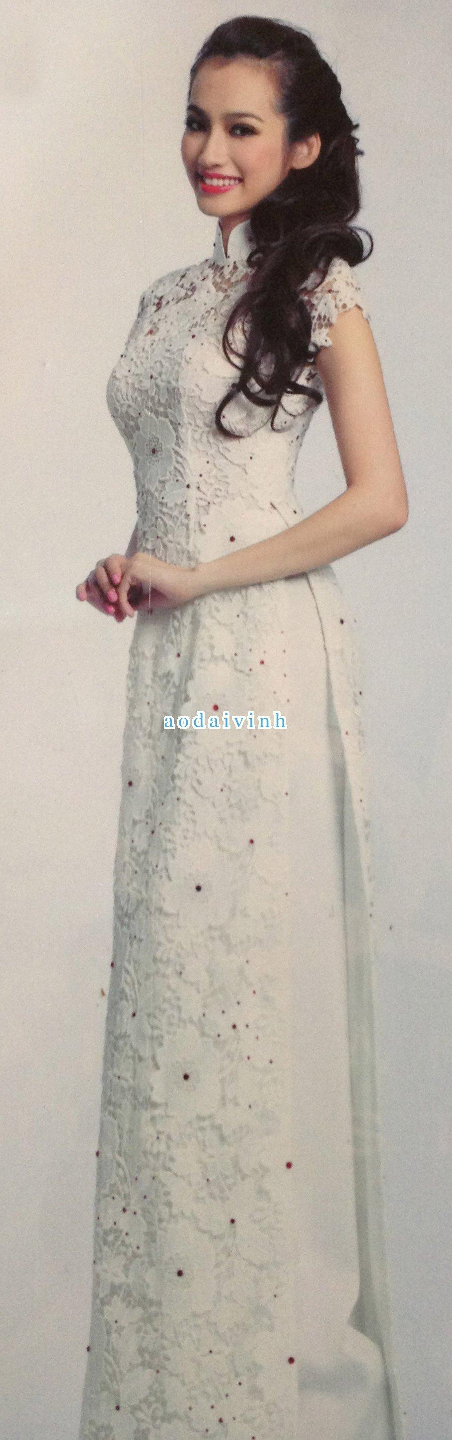 White Modern Ao Dai MW248 Vietnamese wedding dress