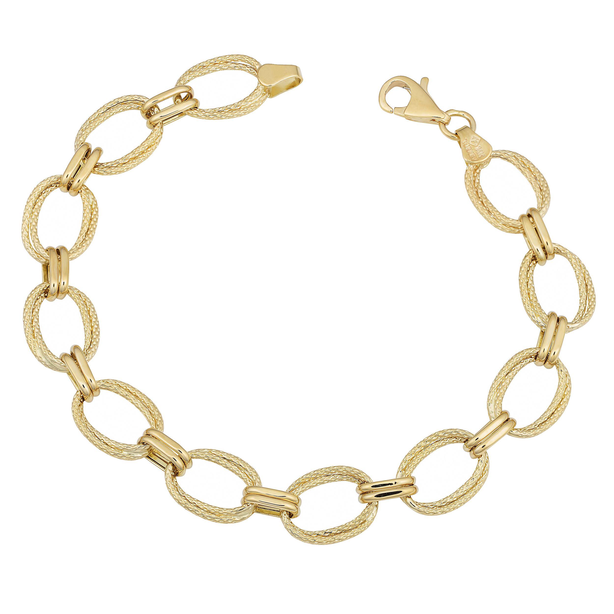 Boasting a simple yet elegant design this bracelet showcases a high