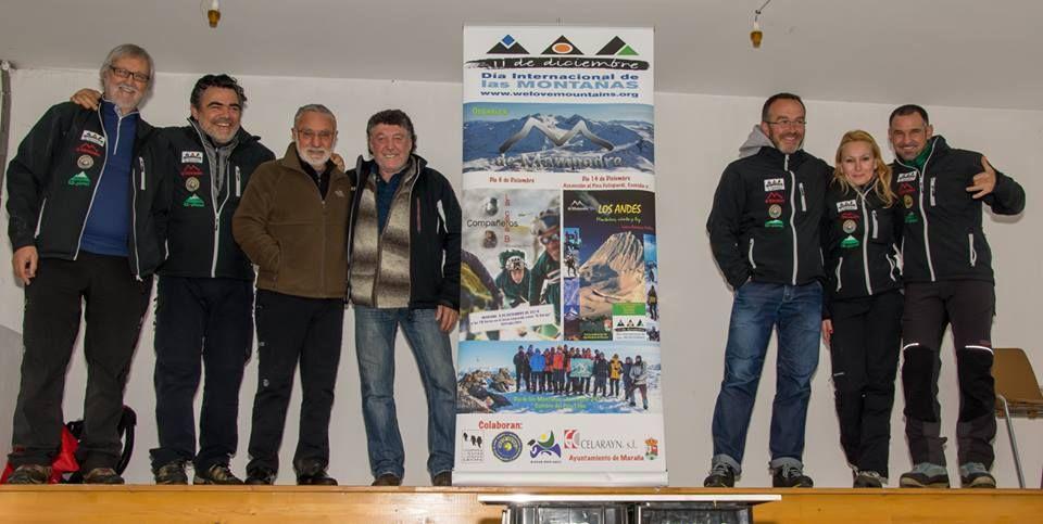 Isidoro R. Cubillas con B. Aguirre y organizadores del Grupo M de Mampodre en #dim2014