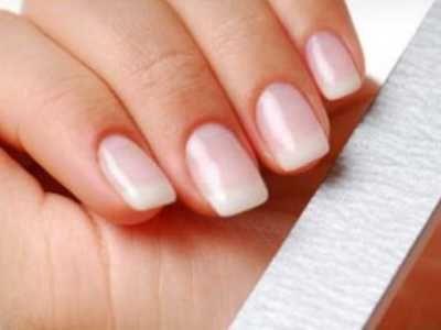 merawat kuku rusak berikut ini ada tips cara merawat kuku rusak pada tangan maupun kaki
