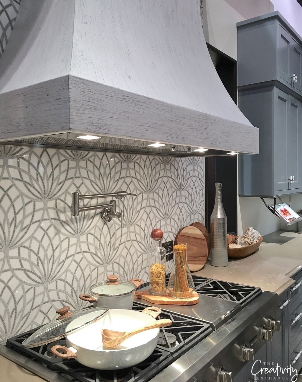 - 2019 Kitchen And Bath Industry Show In Las Vegas Kitchen, Bath Design,  Kitchen, Bath, Small Kitchen Set
