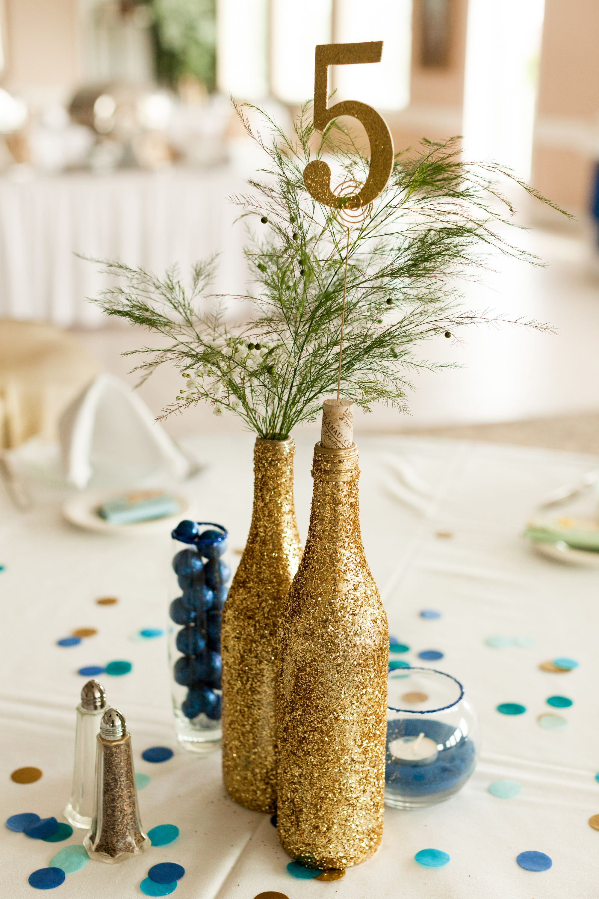 Fine Diy Wedding Centerpiece Gold Glitter Wine Bottles Blue Home Interior And Landscaping Fragforummapetitesourisinfo