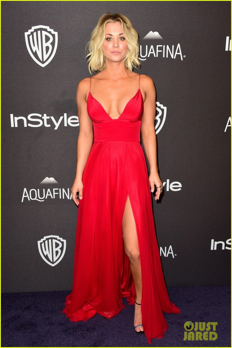 Kaley cuoco shows off major cleavage at instyle golden globes party