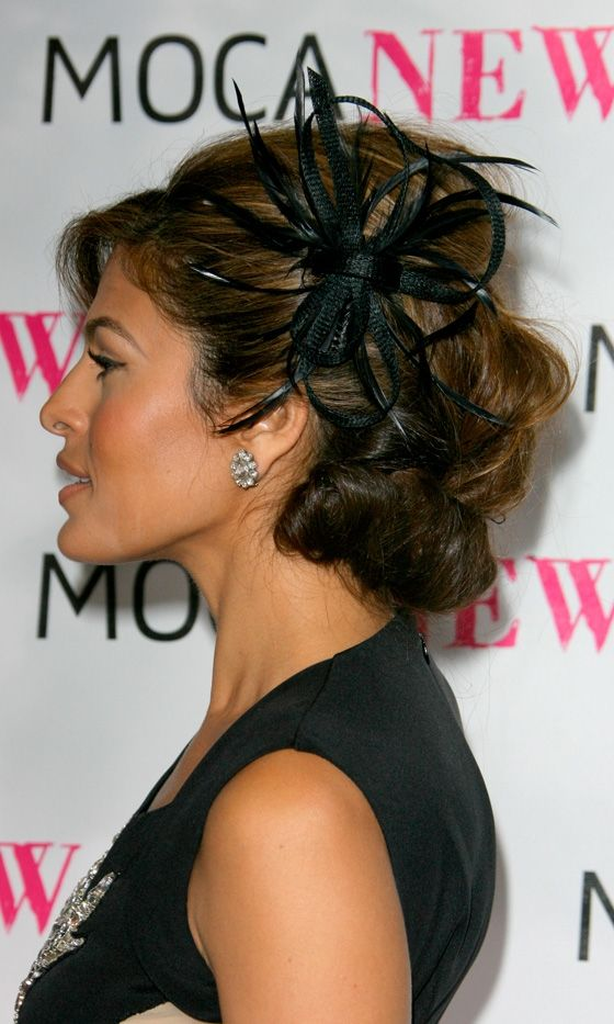 Eva Mendes Compliments Her Updo With A Fascinator Hair Accessory At The Museum Of Contemporary Art