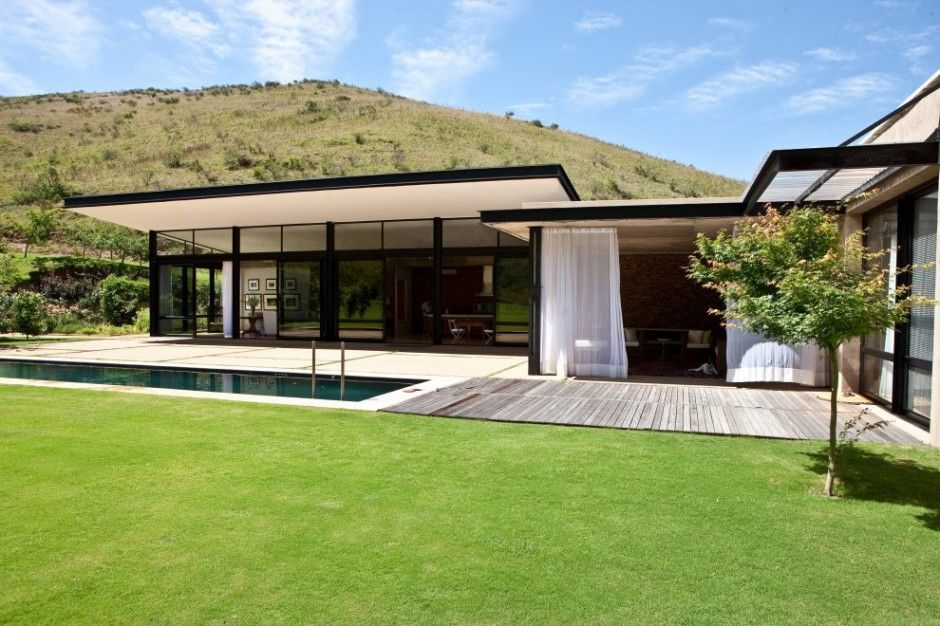 Residential house in Swellendam, South Africa by GASS DREAM HOMES