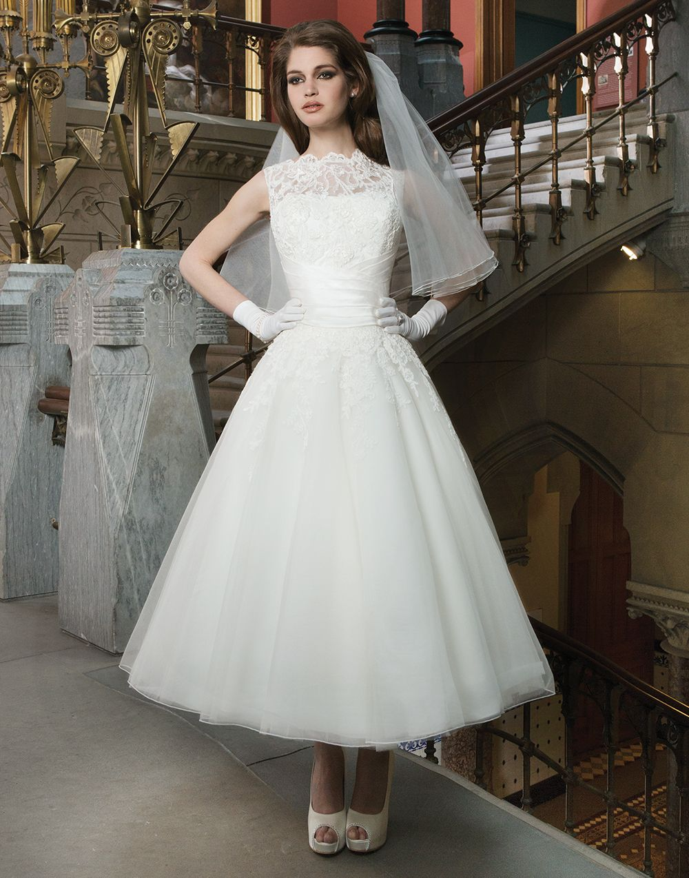 Lace and Tulle Tea Length Wedding Dresses