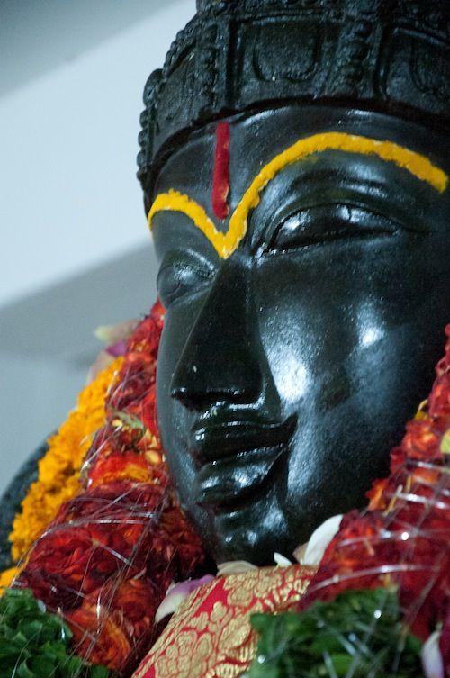 Mahishasura Mardini / Kanaka Durga Statue in Penukonda, Indien.