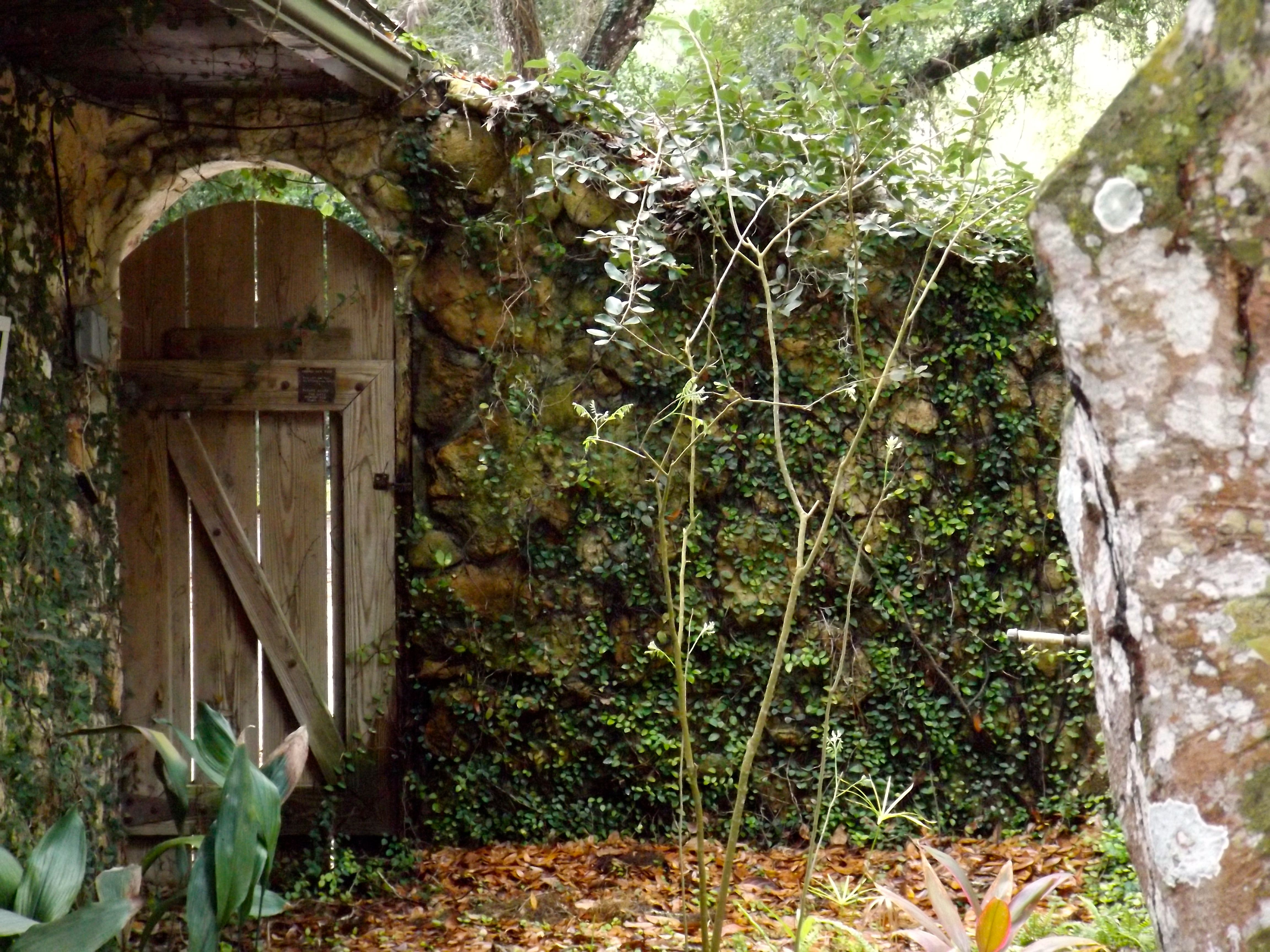 Dunlawton Sugar Mill Gardens, Volusia County, Fl. - This is a cool ...