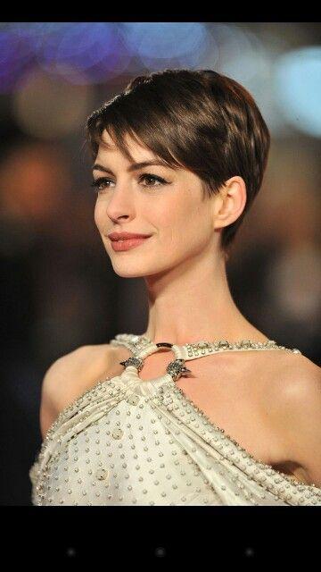 Anne Hathaway Short Hair 360 Google Search Katies New Hairdo