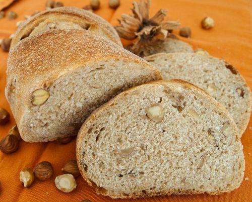 buccia di limone: autunno in campagna e...pane alle nocciole per il world bread day 2012