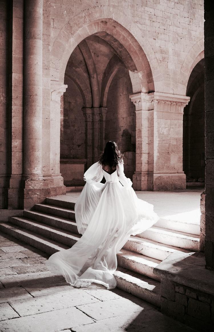 𝓼 𝓸 𝓻 𝓲 in 15  Wedding dresses vintage 15s, Wedding dresses