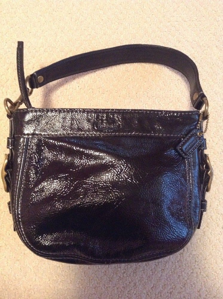 Coach Mini Zoe Black Patent Leather Hobo Bag 41869 In Excellent Condition Fashion Clothing Shoes Accessories Womensbagshandbags Ebay Link