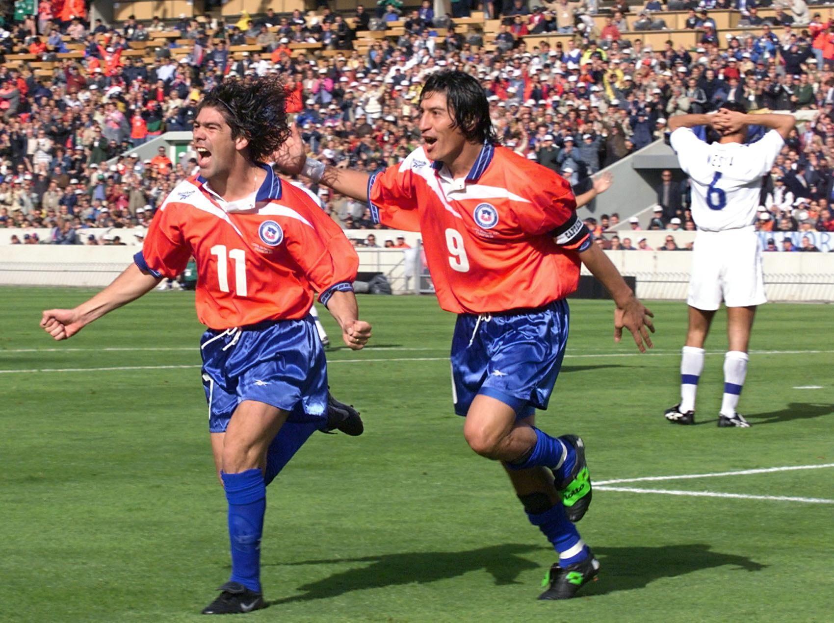 Zamorano & Salas 1998 vs Italy   Winning shirts, American football, Football playoffs