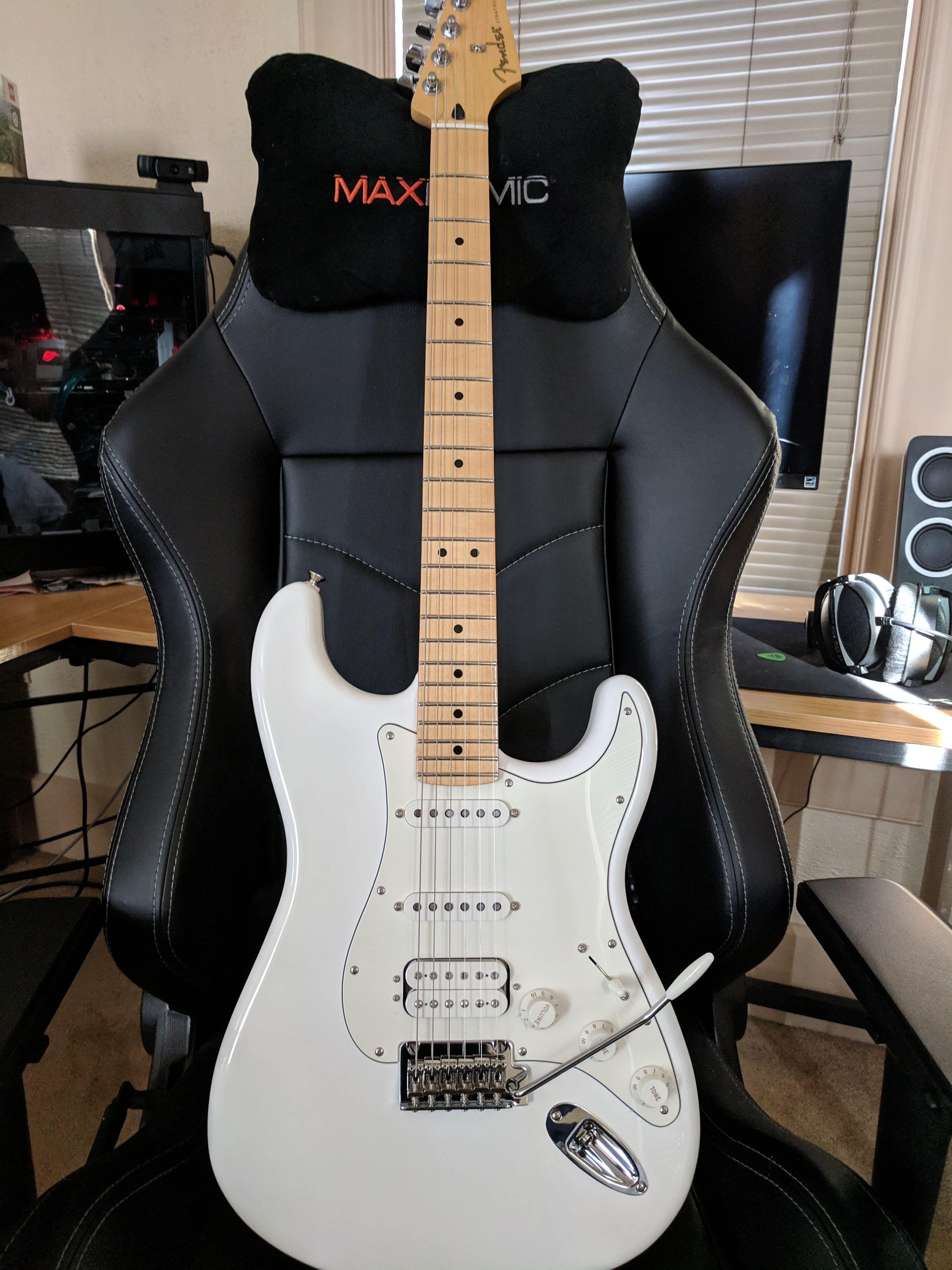 best chair for playing guitar reddit