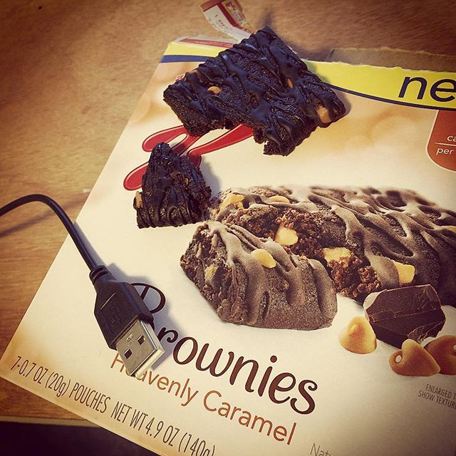 You tricked me good #kellogs #touche  the brownie is really the size of a Trisket.