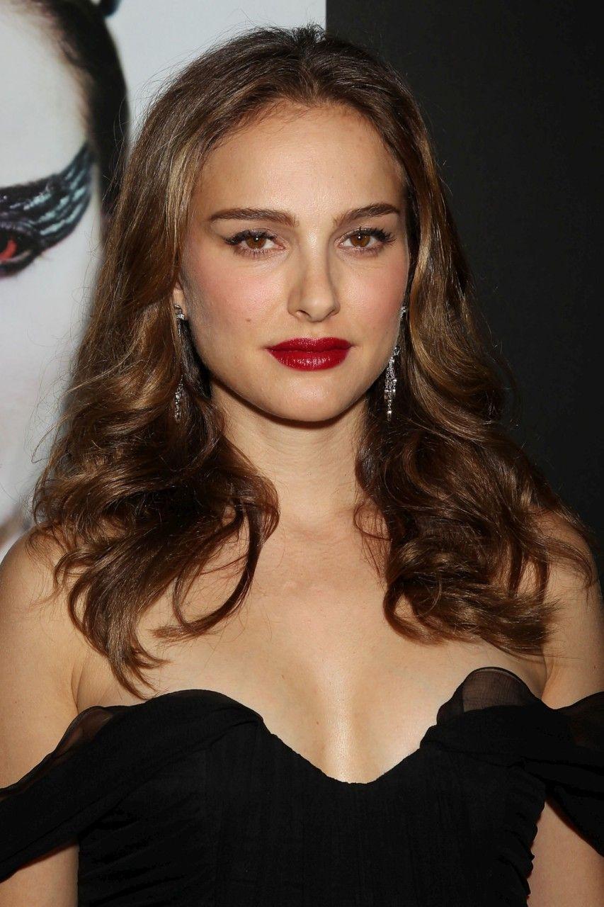Natalie Portman Age, Wiki, Boyfriends, Net Worth & More