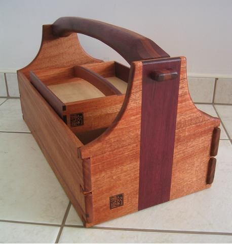 Nice toolbox carpinter a pinterest toolbox for Wooden box storage ideas