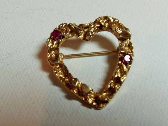 Gold ruby heart brooch gold tone ruby accents by GingersLittleGems