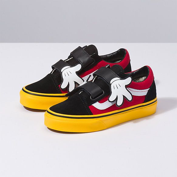 264797c45 Disney x Vans Kids Old Skool V in 2019 | Disney Shoes | Disney vans ...