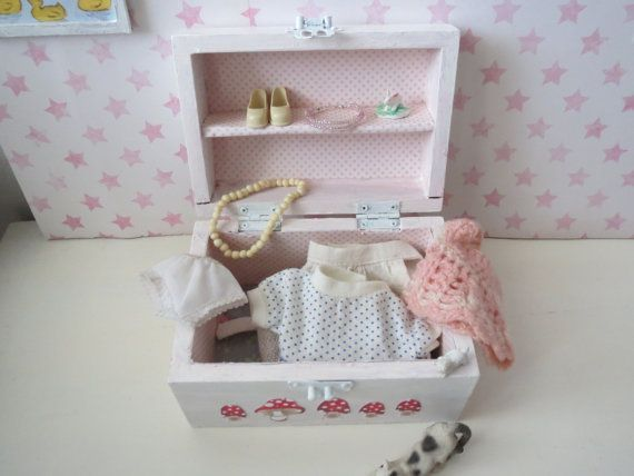 1/6 Scale Doll Trunk Old Style Blythe Sindy Barbie by Nordcraft, $18.00