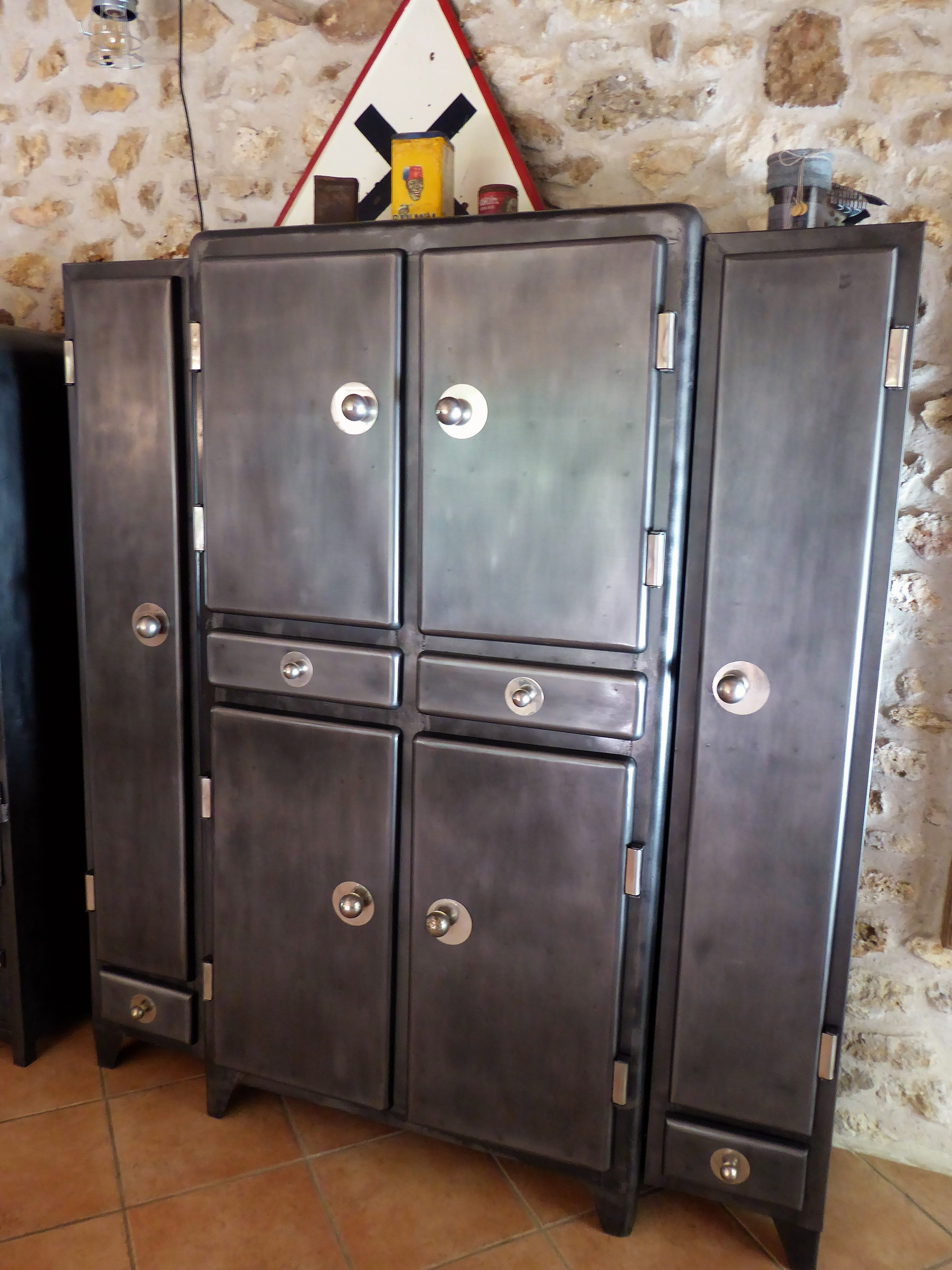 Meuble Industriel Armoire Metal Vintage Bright Shadow Online