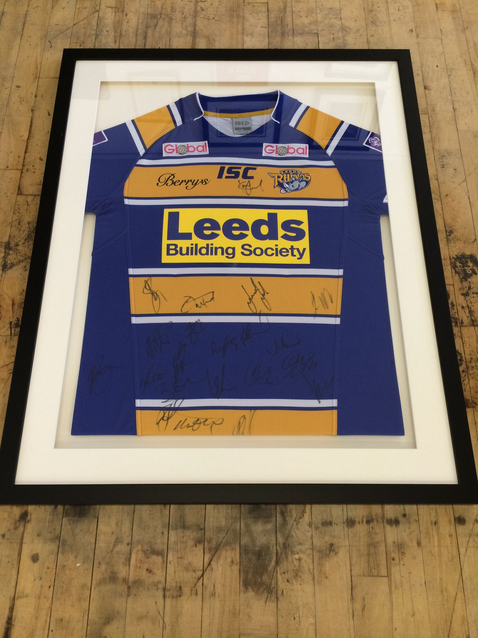 Framed Leeds Rhinos Signed 2014 Jersey | Framed Sports Memorabilia ...