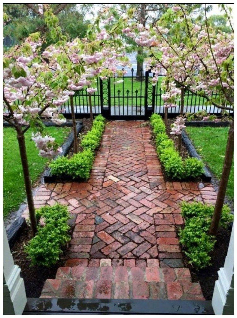 59 stunning front yard courtyard landscaping ideas 2 #smallfrontyardlandscapingideas
