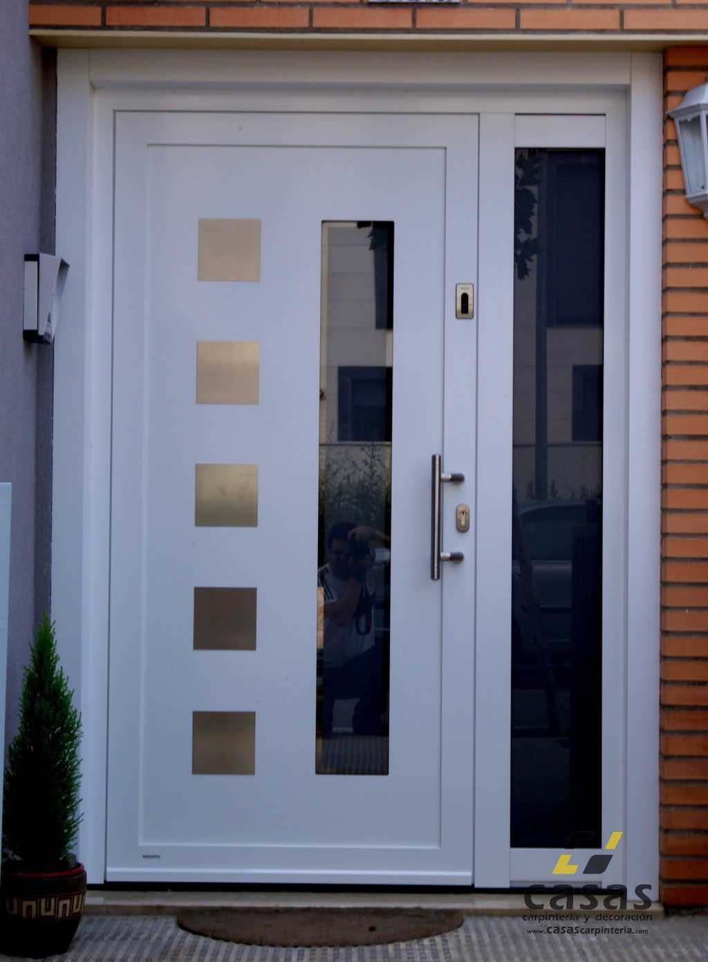 Resultado de imagen para puertas de entrada principal for Puertas de calle aluminio precios