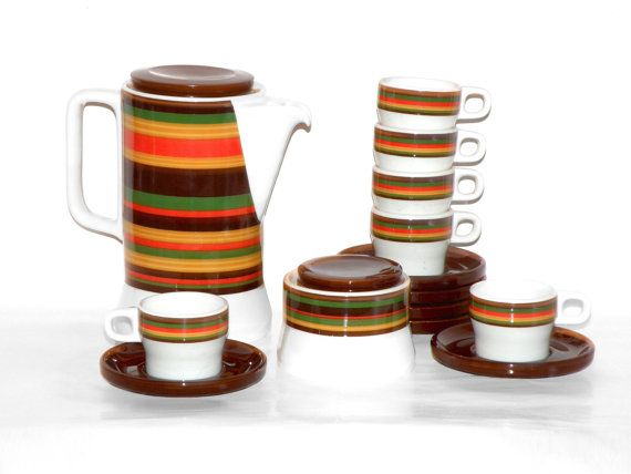 70s Porcelain Coffee Set. Coffee pitcher 6 cups by MeAndTheMajor, €39.00