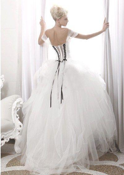 robe de mari e noire et blanche atelier aim e amazing wedding dresses speechless gown. Black Bedroom Furniture Sets. Home Design Ideas