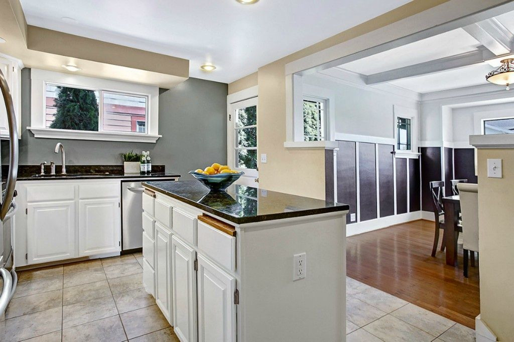 Picture Gallery Of Beautiful Kitchen Designs With Islands. These Designs  Feature Luxury Kitchens With Custom Islands To Give You Plenty Of Ideas For  ...