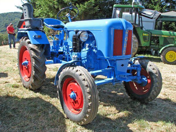 R 246 Hr 17r 01m Tractors Farm Equipment Logos And Lawn