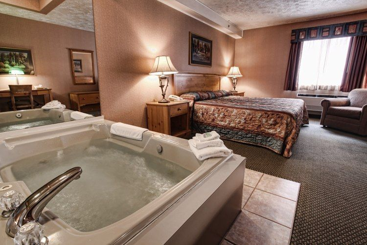 Beautiful Chambre Luxe Jacuzzi Ideas - Yourmentor.info ...